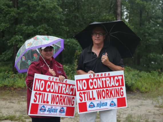 GEHREA protests lack of contract resolution
