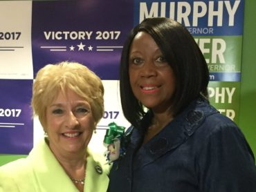 Oliver named Murphy's running mate