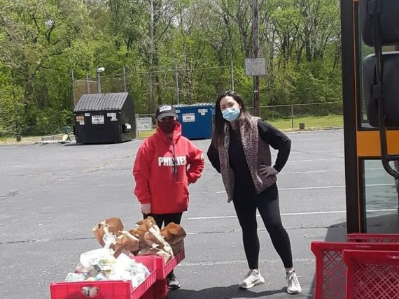 Lindenwold EA helps feed their community